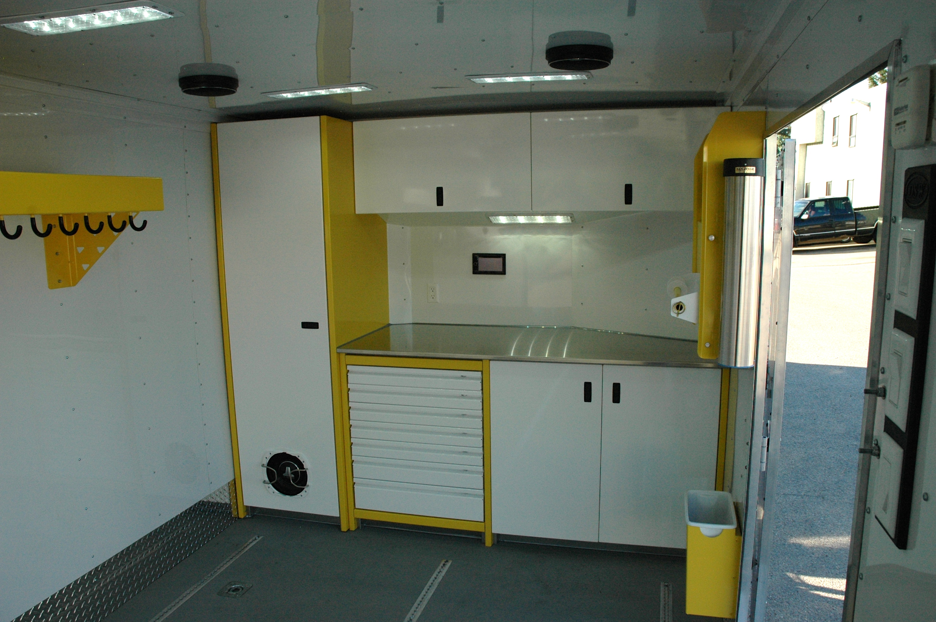 Cabinets For Cargo Trailers Trailer Interiors And Repairs Dsw Manufacturing Inc Dsw